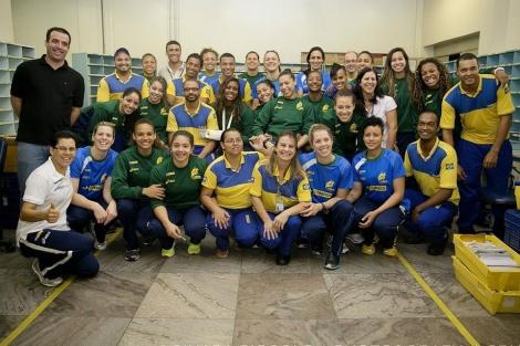 Correios aproveitou amistoso para aproximar público capixaba da equipe brasileira.