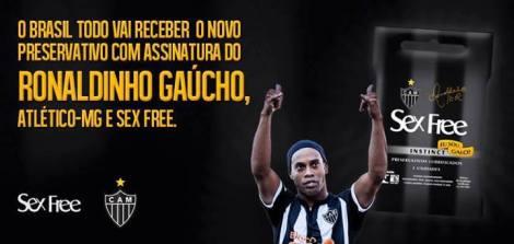 ronaldinho_camisinha_atleticomg
